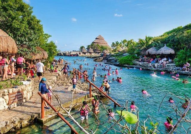 Kids in Cancun