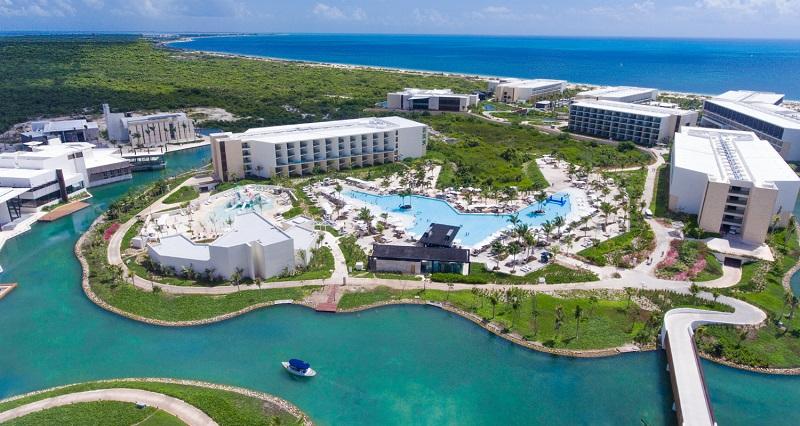 Hotel resort all-inclusive in Cancun