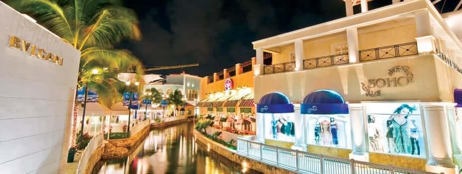 Mall in Cancun