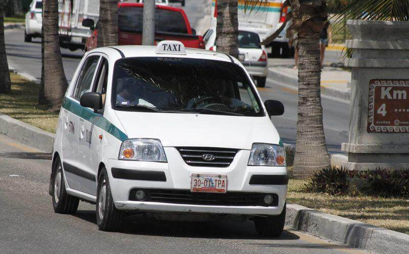 Taxi in Cancun