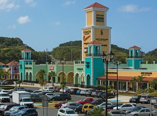 Premium Outlets Punta Norte in Mexico City