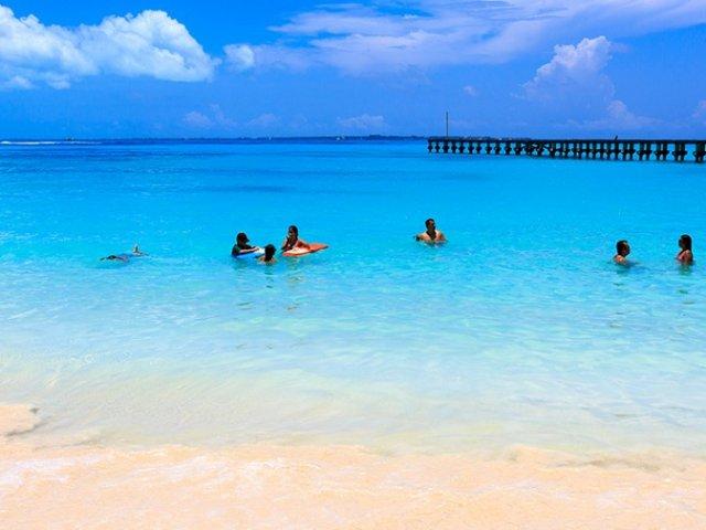 Langosta Beach in Cancun