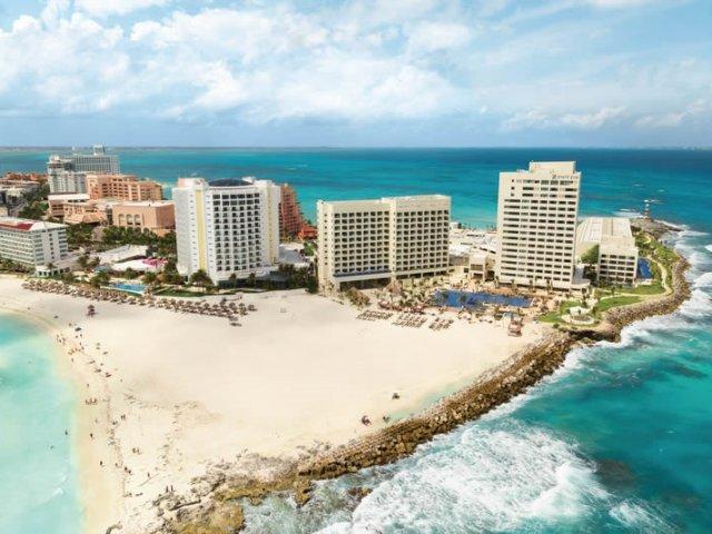 Punta Cancun Beach in Cancun