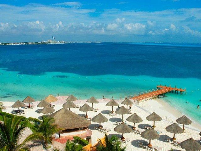 Cancun in December