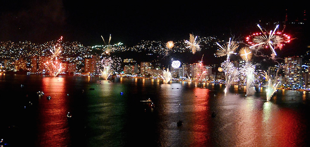 New Year fireworks in Acapulco