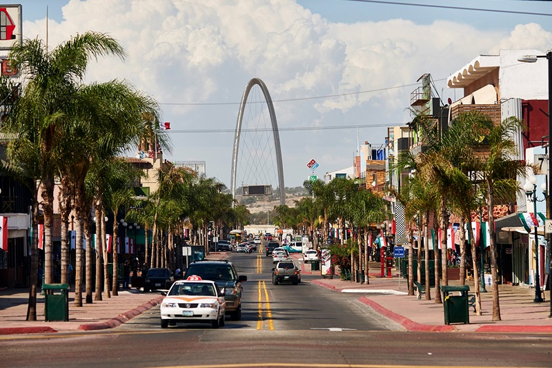 Revolución Avenue in Tijuana