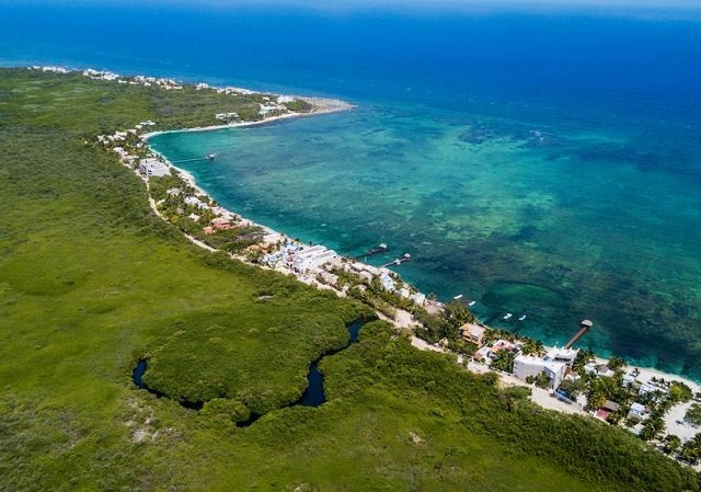 How to find promotional airline tickets to Tulum