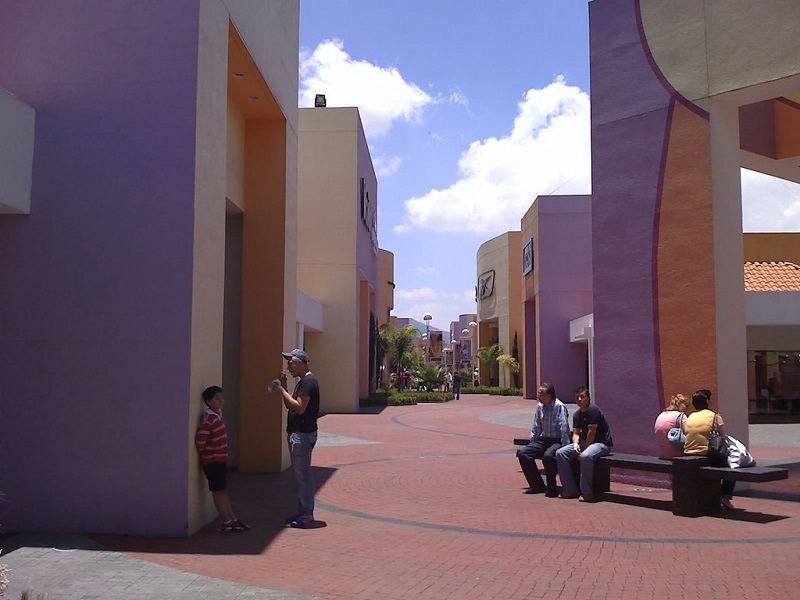 Area of the Premium Outlets Punta Norte in Mexico City