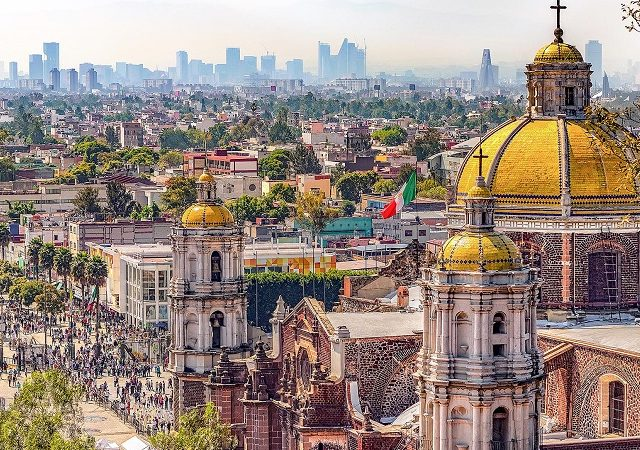 High and low season months in Mexico City